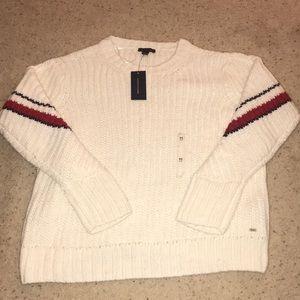 BRAND NEW Tommy Hilfiger sweater